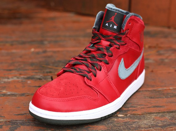 air-jordan-1-retro-high-premier-2