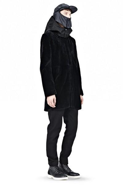 alexander-wang-cap-with-detachable-faceguard-08-570x855