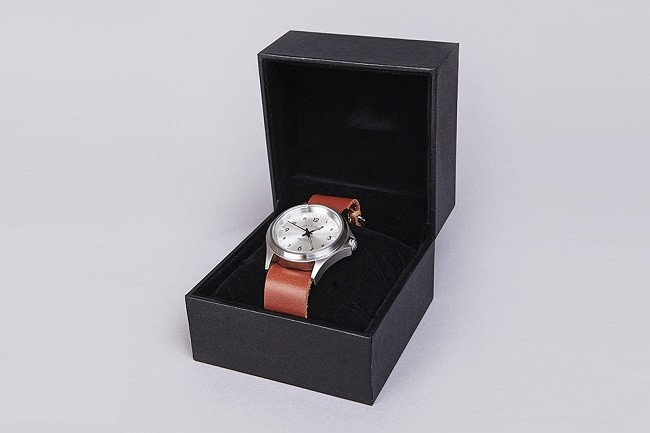 carhartt-military-watch-less-is-more-03