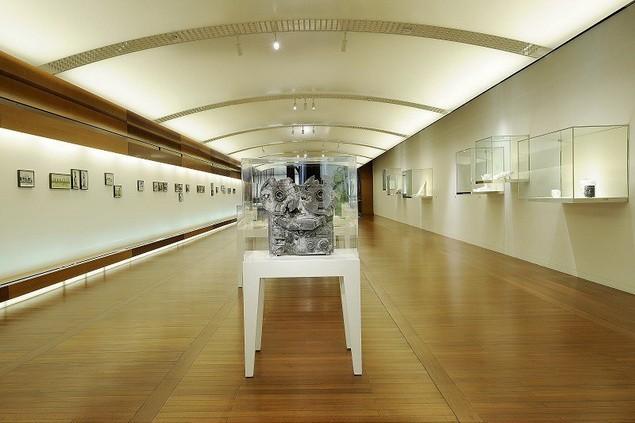 daniel-arsham-yesterdaysfutures-exhibition-espace-louis-vuitton-2_