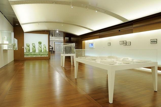 daniel-arsham-yesterdaysfutures-exhibition-espace-louis-vuitton-4_