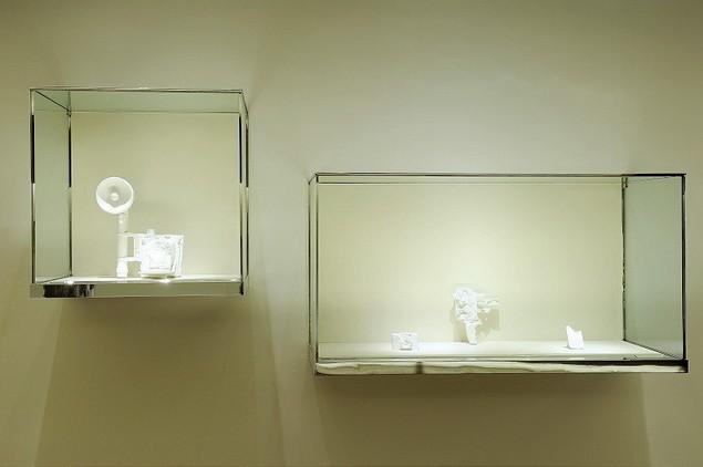 daniel-arsham-yesterdaysfutures-exhibition-espace-louis-vuitton-9_