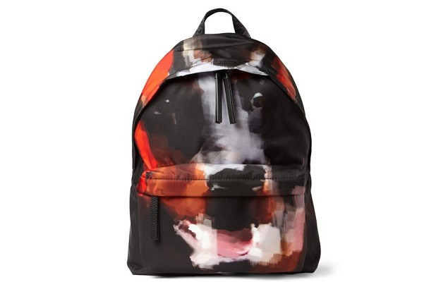 givenchy-doberman-print-backpack-001