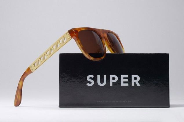 super-structura-hol13-sunglasses-1-960x640_