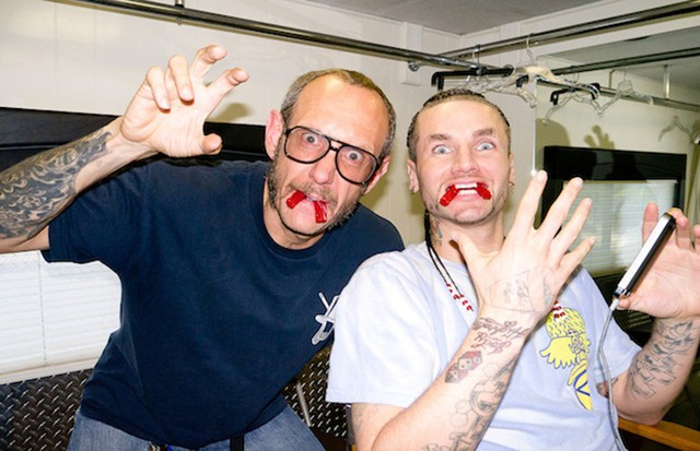 terry-richardson-photographs-riff-raff-at-a-wax-musuem-6