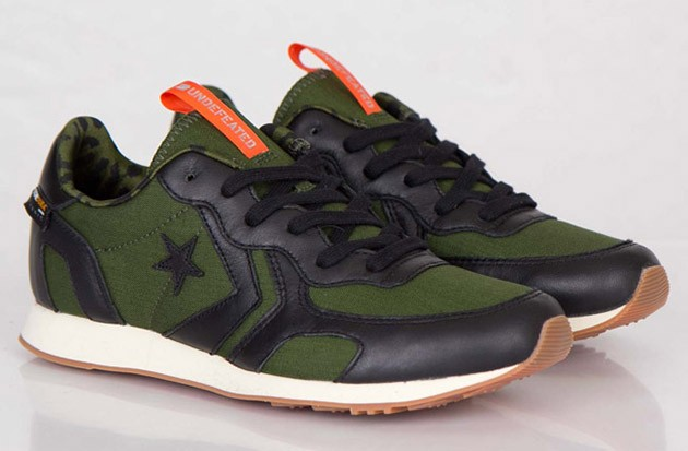 undefeated-converse-auckland-racer-ox-0