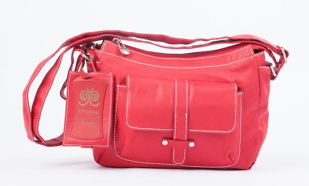 【新聞照片】Amore Daniel邀你一同做公益 捐款流浪動物花園  可獲贈品牌lovebag一只-1