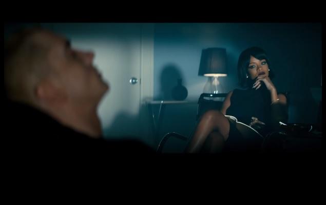 Eminem featuring Rihanna – The Monster (Teaser)