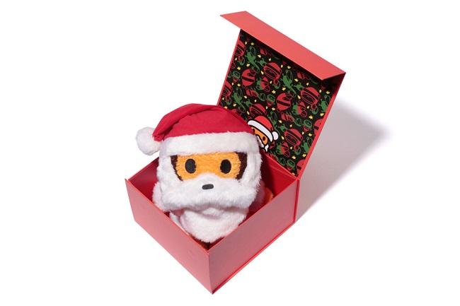 a-bathing-ape-baby-milo-christmas-collection-1