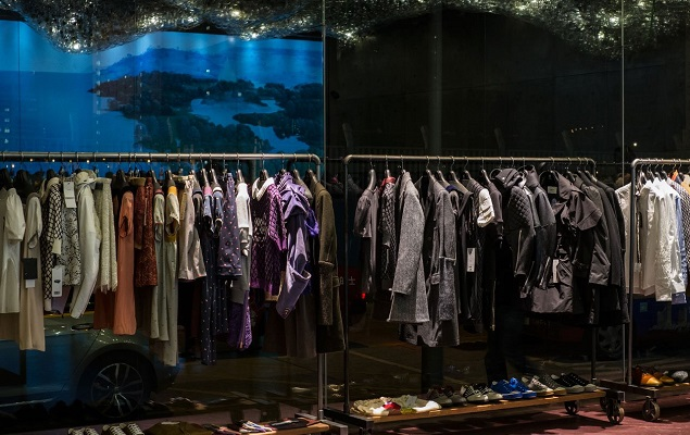 a-look-inside-the-new-undercover-hong-kong-store-2