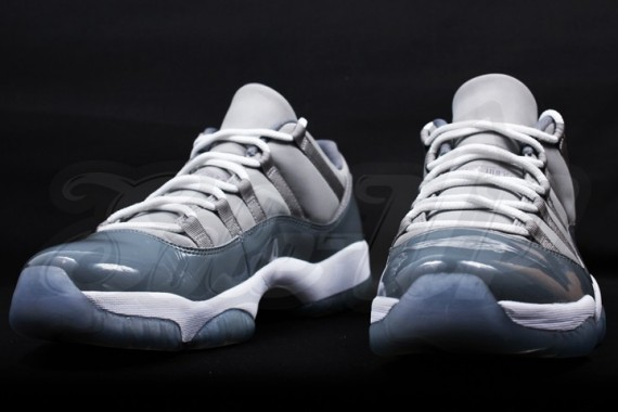 air-jordan-11-low-cool-grey-1