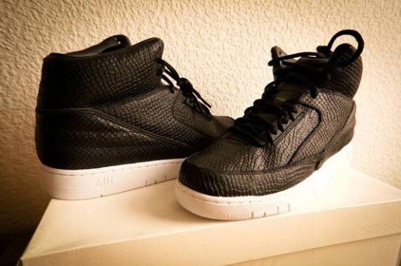 dover-st-market-nike-air-python-4