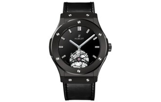 hublot-classic-fusion-tourbillon-night-out-11