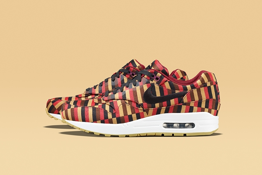 nike-air-max-roundel-london-underground-1