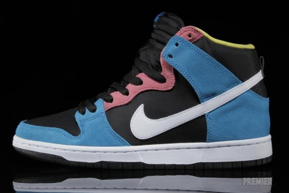 nike-sb-dunk-high-blue-hero-1