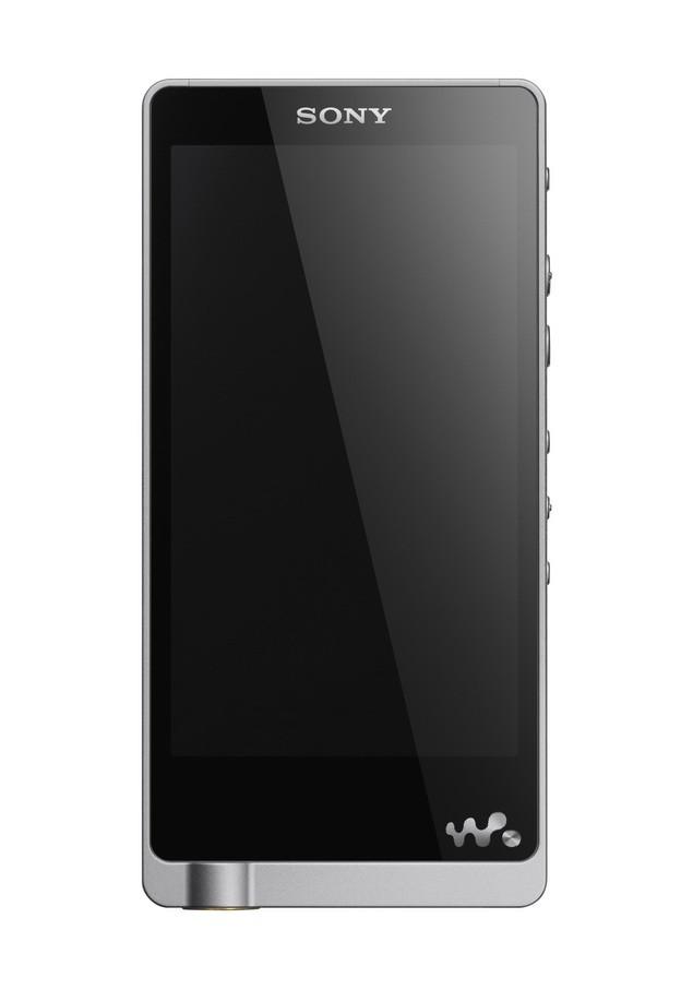 NWZ-ZX2 外型設計簡單俐落,細膩髮絲紋鋁合金機身與拋光按鍵完美詮釋Sony日系工藝精神,機背仿皮革設計展現旗艦機種質感。_