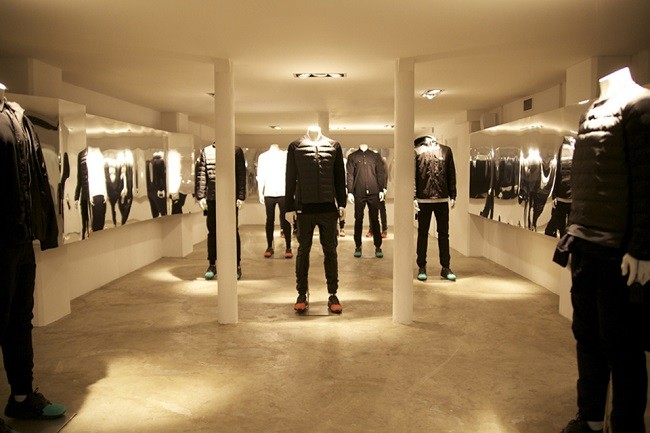 look-inside-the-kith-coat-of-arms-paris-pop-up-shop-04
