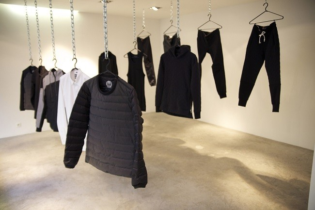 look-inside-the-kith-coat-of-arms-paris-pop-up-shop-18-960x640
