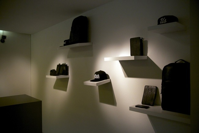 look-inside-the-kith-coat-of-arms-paris-pop-up-shop-22-960x640