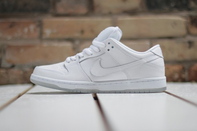 nike-dunk-low-sb-white-leather-1