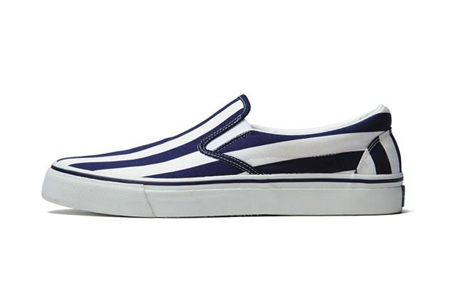 uniform-experiment-2014-spring-summer-slip-on-shoes-2