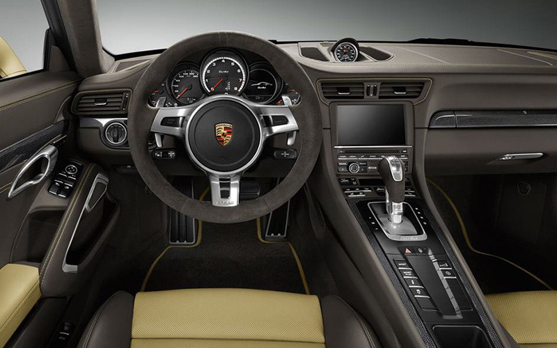 Porsche-911-Turbo-2014Lime-Gold_P4-