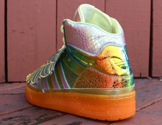 jeremy-scott-adidas-js-wings-gold-foil-3