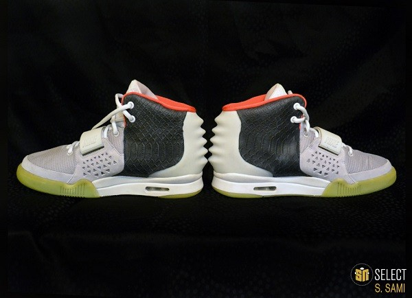 sn-select-nike-air-yeezy-2-sample-platinum-black-9