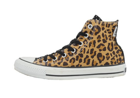 x-girl-converse-chuck-taylor-leopard-camo-3