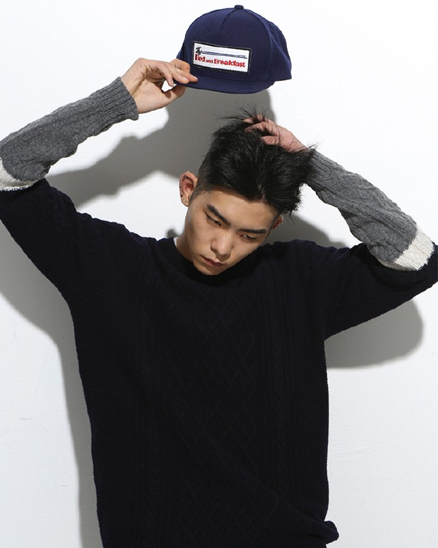 CABLE KNIT navy