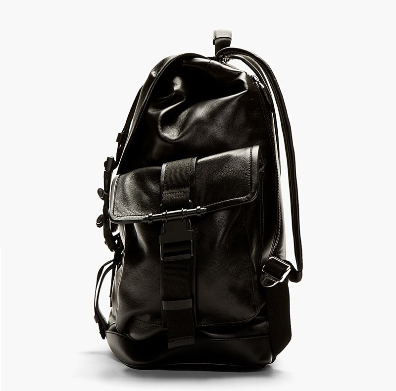 GIVENCHY_2014_black_leather_backpack_P2