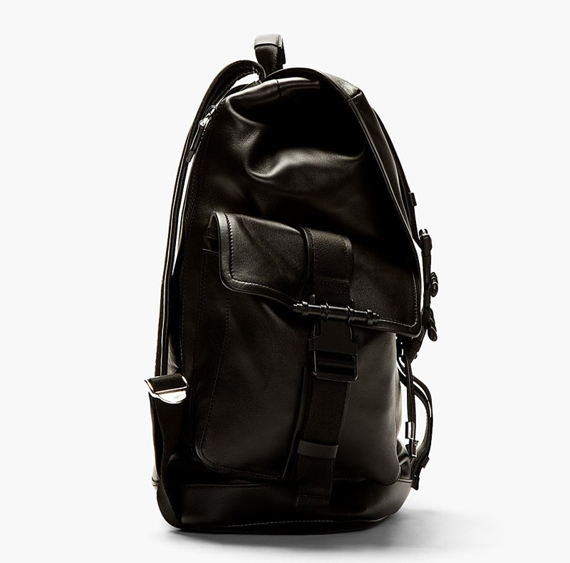 GIVENCHY_2014_black_leather_backpack_P4