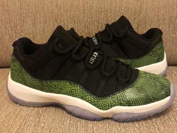 air-jordan-11-low-green-snake-0