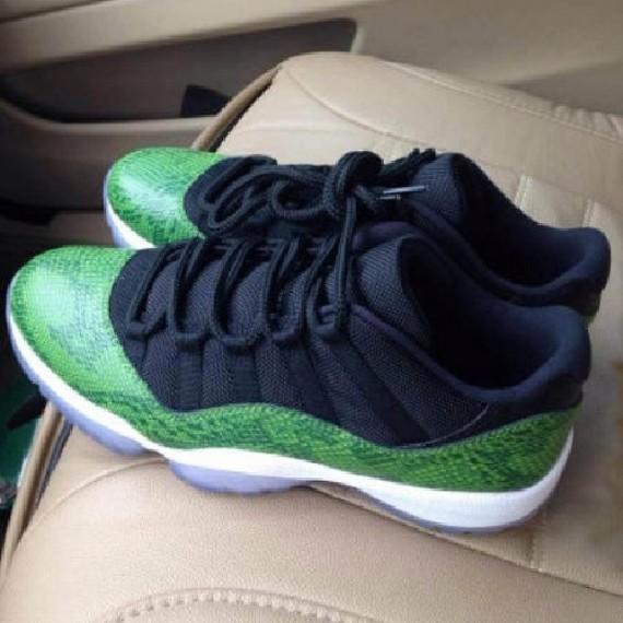 air-jordan-11-low-green-snake-1