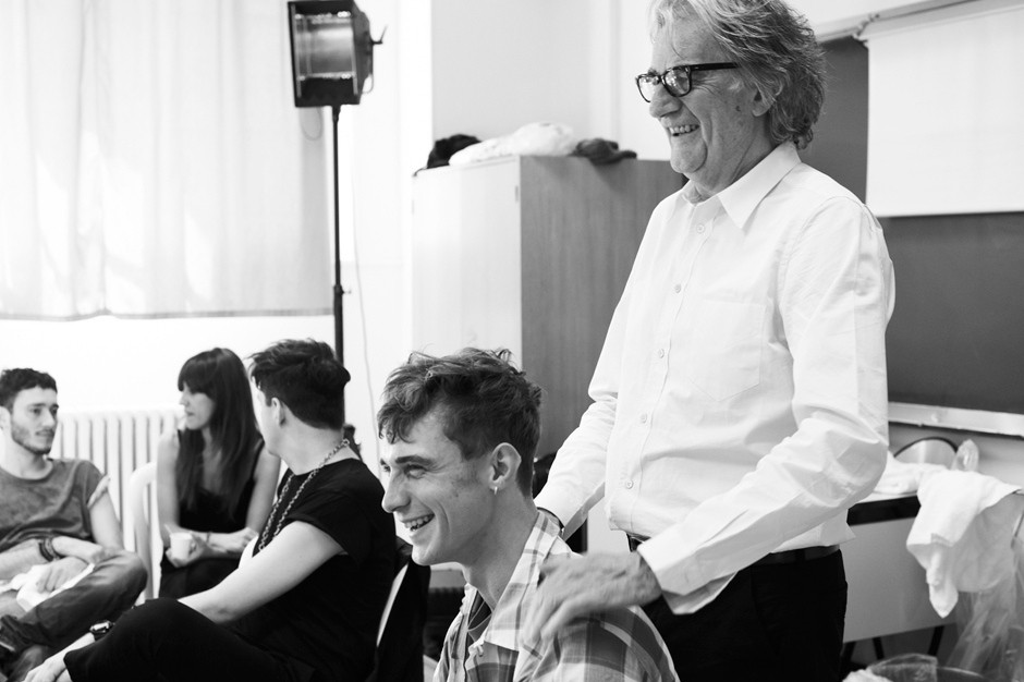 paul-smith-2014-spring-summer-mens-backstage-6