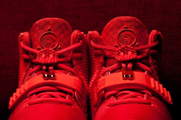 reselling-the-yeezy-2-speculating-prices-with-ben-baller-and-flight-club-9