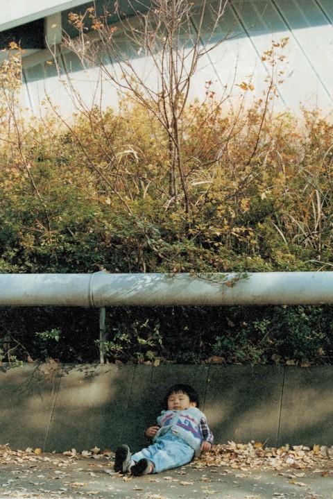 wtaps-spring-summer-2014-concrete-environment-lookbook-10