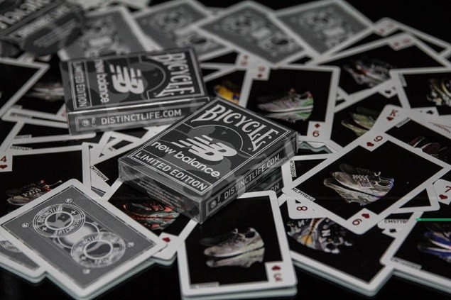 distinct-life-new-balance-bicycle-playing-cards-3