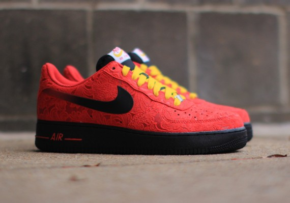 nike-air-force-1-low-university-red-paisley-0
