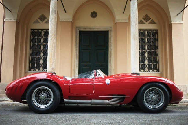 maserati-450s-driven-by-stirling-moss-2