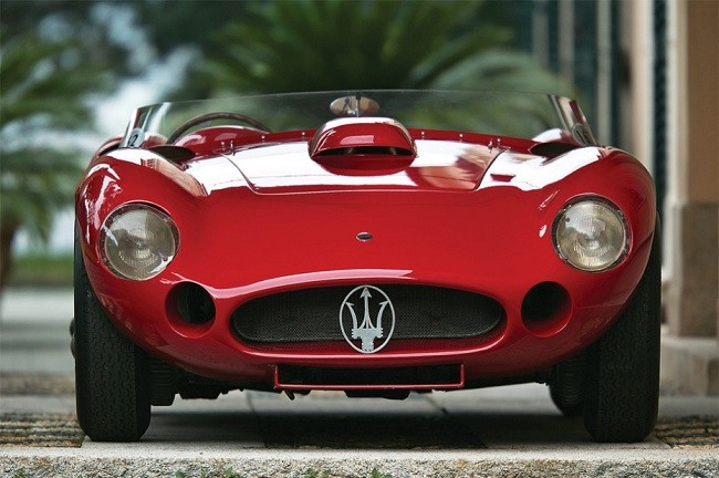 maserati-450s-driven-by-stirling-moss-3