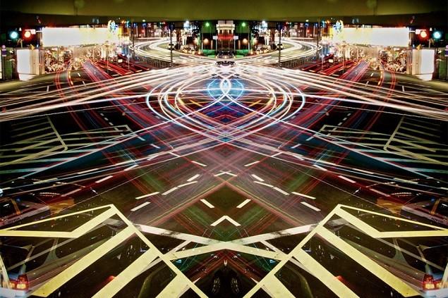 symmetric-light-photography-by-sinichi-higashi-16