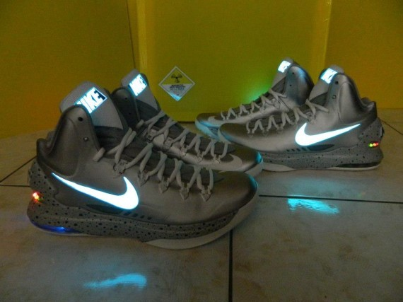 nike-kd-v-mag-customs-by-kenny23forever-05-570x427