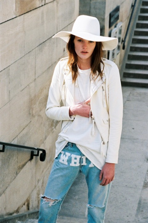 off-white-c-o-virgil-abloh-debuts-its-womens-line03