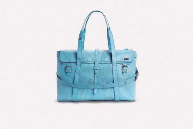 R110_Remy_blue_RGB_Alder$15,003