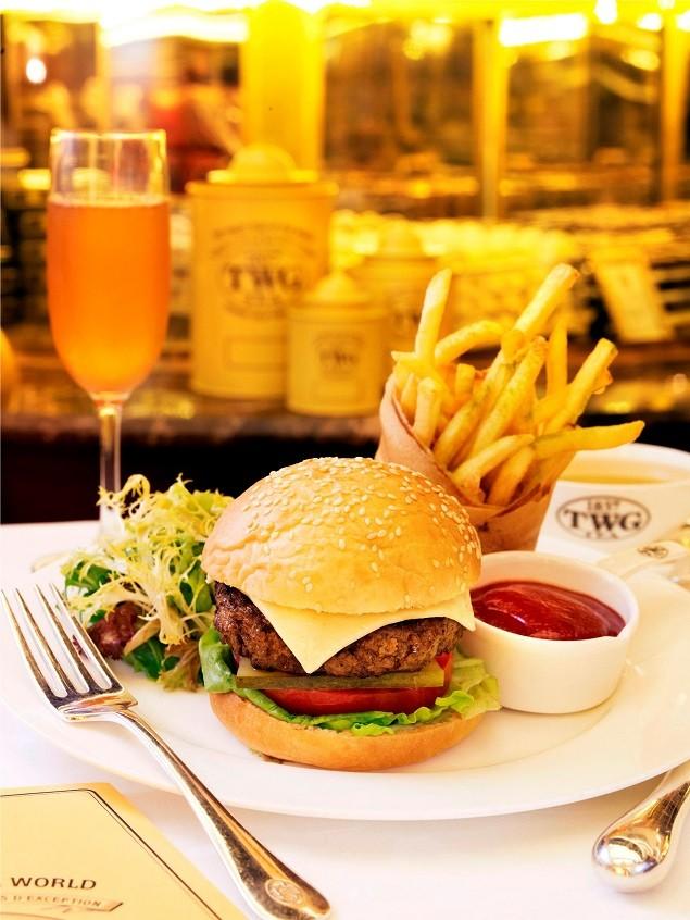 TWG Tea 和牛漢堡_爐烤和牛漢堡搭配抹茶薯條與1837綠茶油醋沙拉