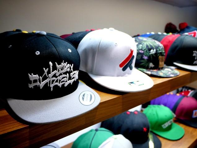 經典帽款,2頂$1000