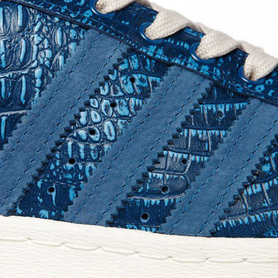 adidas-superstar-80s-tribe-blue-snake-3