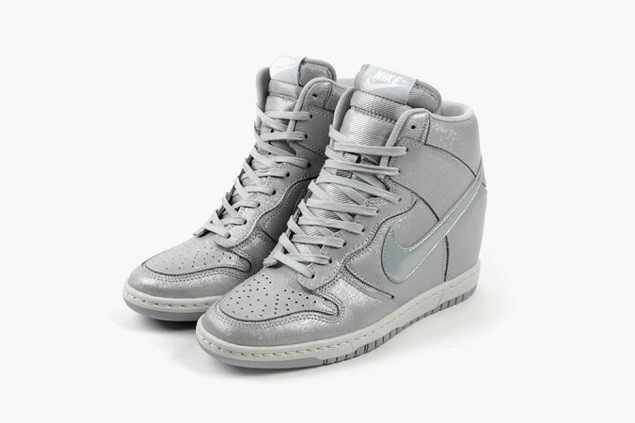 nike-wmns-wolf-grey-cut-out-pack-04