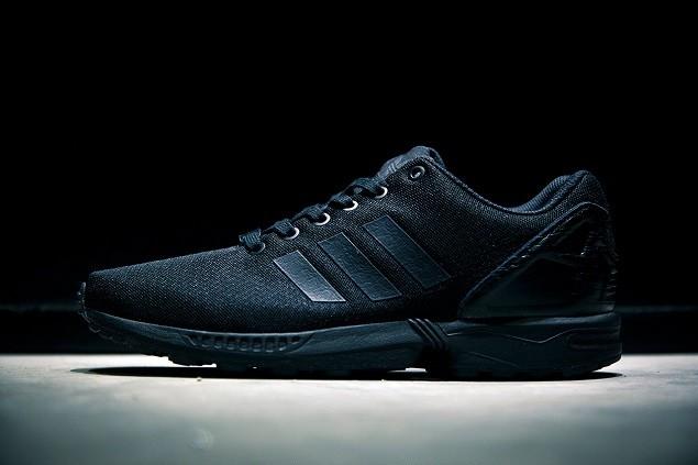 adidas-originals-zxflux-lab-pop-up-store-14
